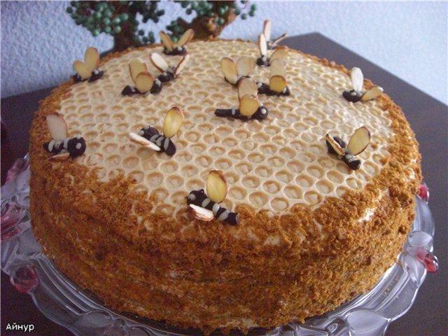 Торт бджілка рецепт